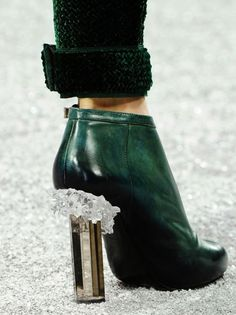 Pinned Image #crystal #heel #shoes #green