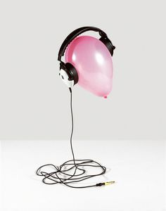 Jenny van Sommers | Still-life photographer | Editorial #balloon #headphones