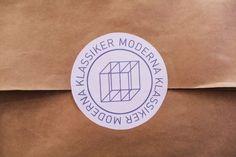 tumblr_lze22jUbKJ1royrwzo1_1280.jpg 1,280×853 pixels #bag #logotype #klassiker #moderna