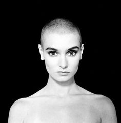 Wyniki Szukania w Grafice Google dla http://www.machina.pl/_i/thumb/c56b/01/43/600_612/14362.jpg #shortcut #celebrity #blackwhite #woman #photo #oconnor #sinead #music #singer