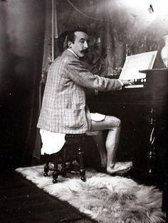 Paul Gauguin (photo by Alfons Mucha)