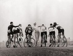 FFFFOUND! | are2 #fashion #cycling #photography