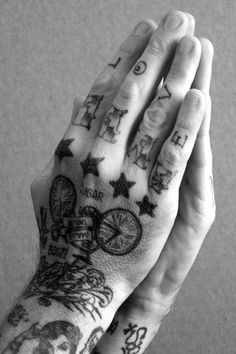In desperate need of some hand tattoos.