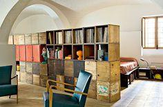 piece bois fauteuils cuirs #interior