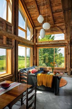 Joan Heaton Translated the Vernacular of a 1788 Vermont Farm into Contemporary Design 4