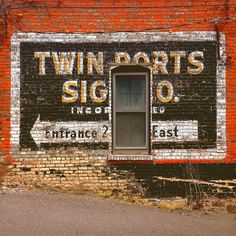 Port City Supply Co. #brick #sign #painted #window #wall #signage #hand