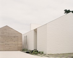 Sorrento Beach House by Pandolfini Architects