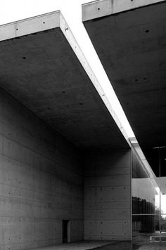 Merde! - nickelsonwooster: Concrete. #architecture