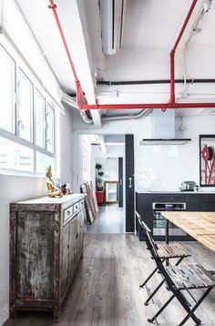 Industrial Warehouse Converted into a Family Home and Creative Workshop Space 9