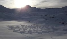 Landscape land art from Simon Beck #3d #his #france #each #pai #snow #is #there #the #it #creating #and #art #when #artis #winter