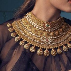 Gold polki necklace