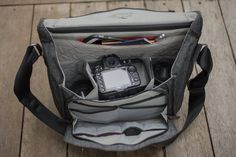 The Everyday Messenger Bag is bag that is designed by a photographer/world traveller that had made suggestions based on what would be functi