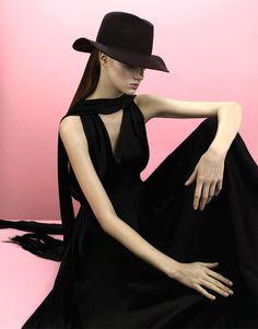 Fashion photography(Anastasia Ivanova by Nikolay Biryukov for Used Magazine, viajournaldelamode) #fashion