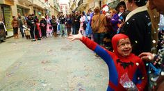 Cadizzle 2011 on Behance #spain #celebration #kid #child #cadiz #confetti