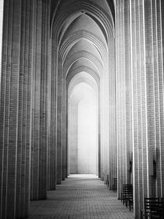 1249385_GqpicPsq_c.jpg (Imagem JPEG, 500x667 pixéis) #architecture #minimal