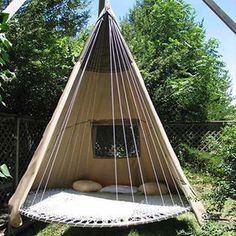 Old Trampoline Turned Into A Wigwam Swing #interior #design #decor #deco #decoration