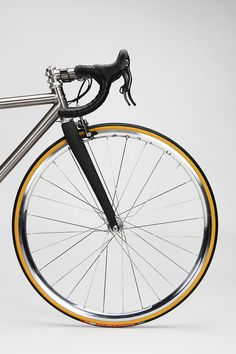 Design #chrome #wheel #design #bike