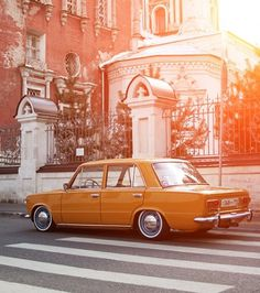 tumblr_lv4x6zmniw1qau50i.jpg 500×565 pixels #euro #yellow #orange #photograph #european #vintage #car #chrome #light
