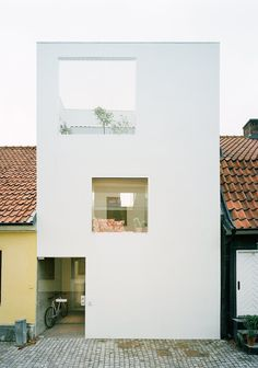 Townhouse by Elding Oscarson. #architecture #eldingoscarson #minimal