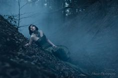 Conceptual and Fine Art Portrait Photography by Isabelle Hanneuse