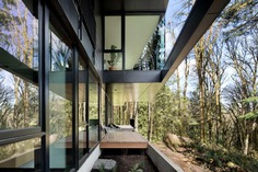 Oregon's Royal Residence is a home among the trees
