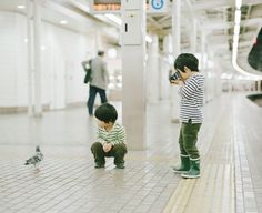 Tumblr #train #tokio #pidgeon #camera #photography #metro #kids