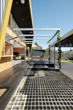 Laneway House by Zen Architects