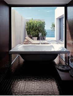 CJWHO ™ (porcelain tiled bathroom by Rex Cerart) #design #interiors #bathroom #photography #luxury