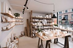 Keramiker Inge Vincents hipshops in Copenhagen. #retail #accessories #ceramics #shop #design #space #store #concept #hipshops