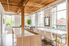 Candy Loft in the Heart of Downtown Toronto / Studio AC