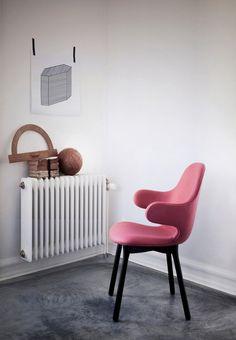 Серия мебели для датского бренда AndTradition #interior #furniture #design #pink