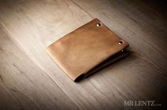 Minimal Leather Wallet #tech #flow #gadget #gift #ideas #cool