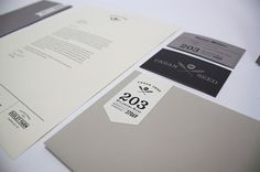 Graphic-ExchanGE - a selection of graphic projects #identity #elegant