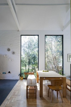 Blee Halligan Architects Transforms a Tired Brick Barn into Modern Accommodation 6