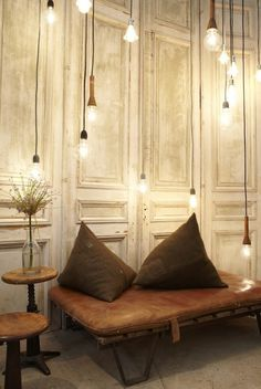 T H R T B R K R S #interior #lighting