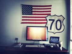 tumblr_ly04f24OcE1ql36exo1_1280.png (1024×768) #interior #flag #ipad #sign #office #space #home #speed #desk #setup #work
