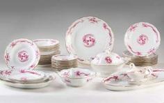 Large Dinner Service #Sets #Teasets #Porcelainsets #Antiqueplates #Plates #Wallplates #Figures #Porcelainfigurines #porcelain