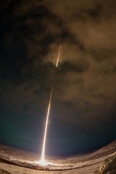 Dramatic View of a NASA Rocket Launch over Alaska Colossal | Art, design, and visual culture. | Page 3