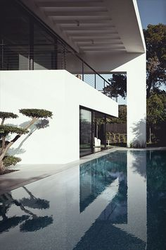Architecture(Haifa House | Source | More, via teamfytbl) #architecture