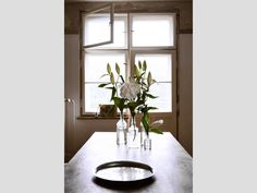 Impression Essbereich #interior #fantastic #design #decor #flowers #frank #deco #window #berlin #decoration