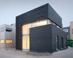 ijburg_house_0810_01.jpg (570×452) #architecture #cubes