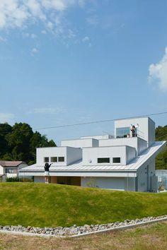 House in Tokushima by Fujiwara-Muro Architects