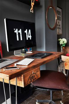 Jessica Walsh amazing rustic workspace in NYC. #interior #old #rustic #clean #vintage #workspace #clock #blackandwhite #mac