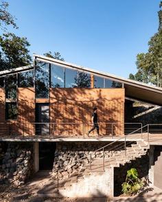 Casa Zirahuén in Mexico / Taller de Arquitectura y Diseño