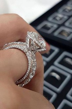 Diamond shaped Diamond engagement ring! Love the drama in this one