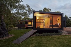 Holiday Beach House on Untouched, Undulating Land in Quindalup, Western Australia 10