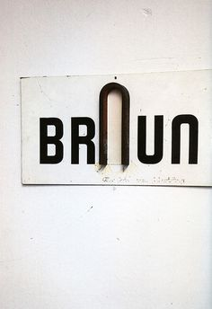 userdeck:Braun sign. #logo #onwall