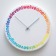 Colours : L'horloge design et colorée | Geek and Hype #clock