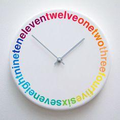 Colours : L'horloge design et colorée | Geek and Hype