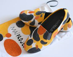 DUDITSU #shoes #pattern #spots #made #fashion #hand #action